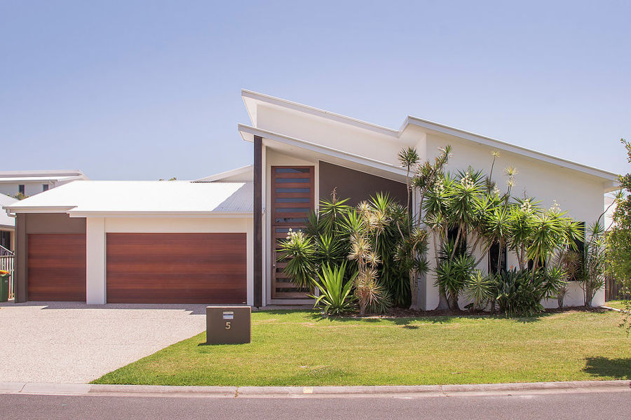 Property in Coomera Waters - BUYERS GUIDE $765,000 - $785,000