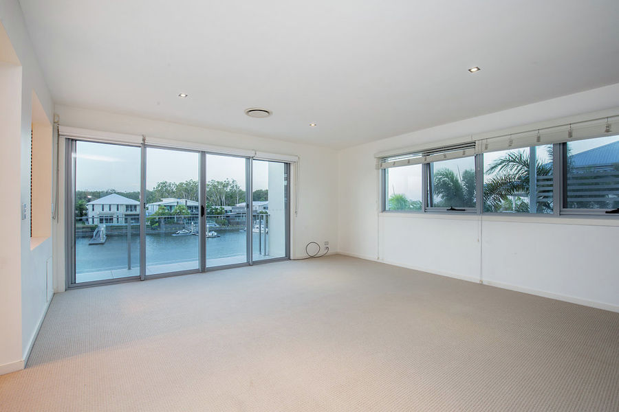 Real Estate in Coomera Waters