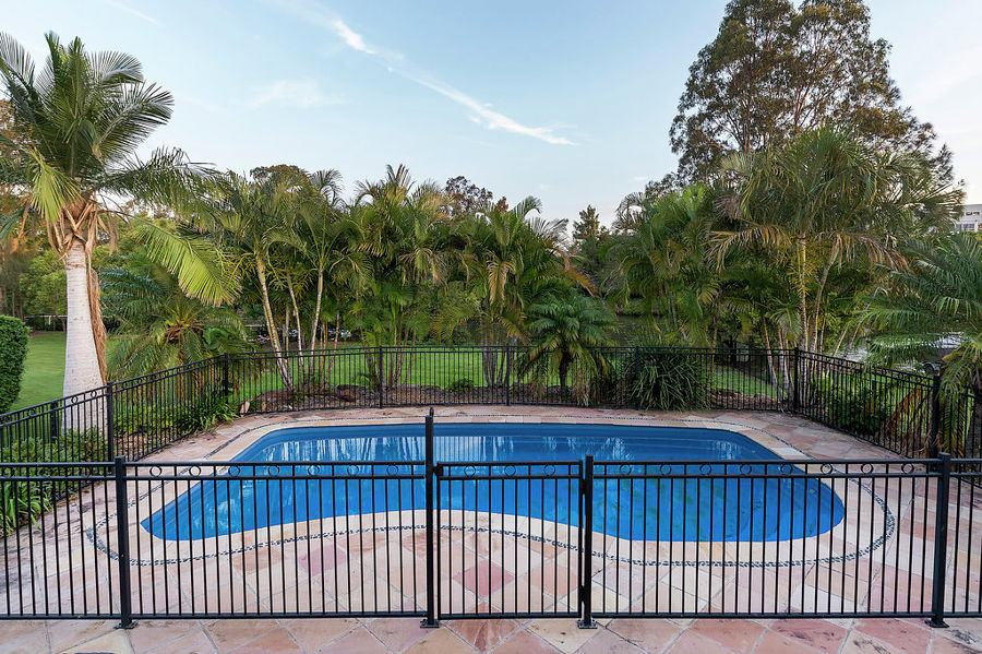 Real Estate in Helensvale