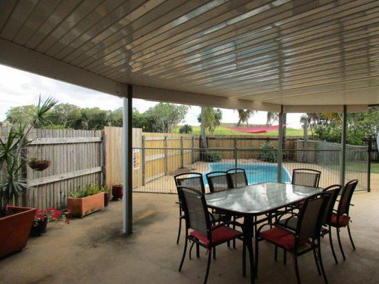 5 Thomas Mitchell Court, Rural View, QLD 4740