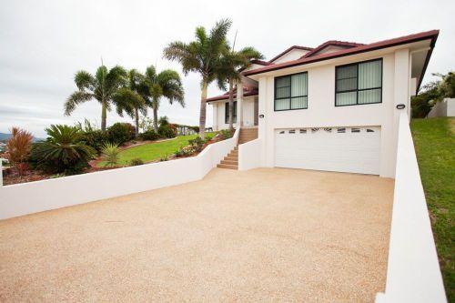 Property in Blacks Beach - 595.00 p/w