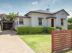 Property in Darling Heights - Sold