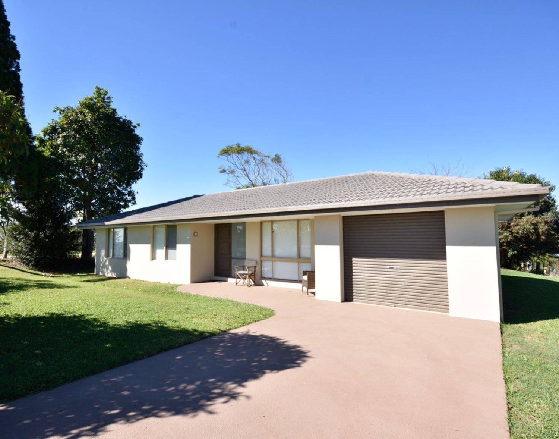 54 Palm, Maleny, QLD 4552