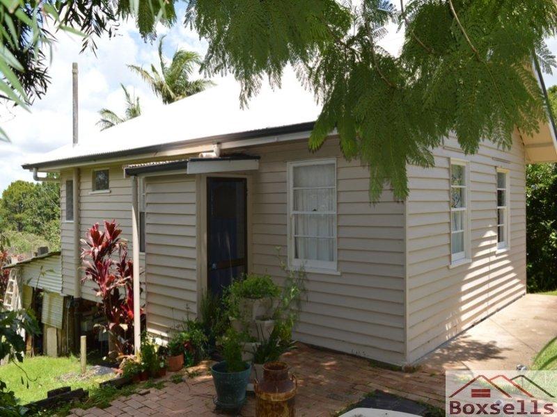 2 Tamarind, Maleny, QLD 4552