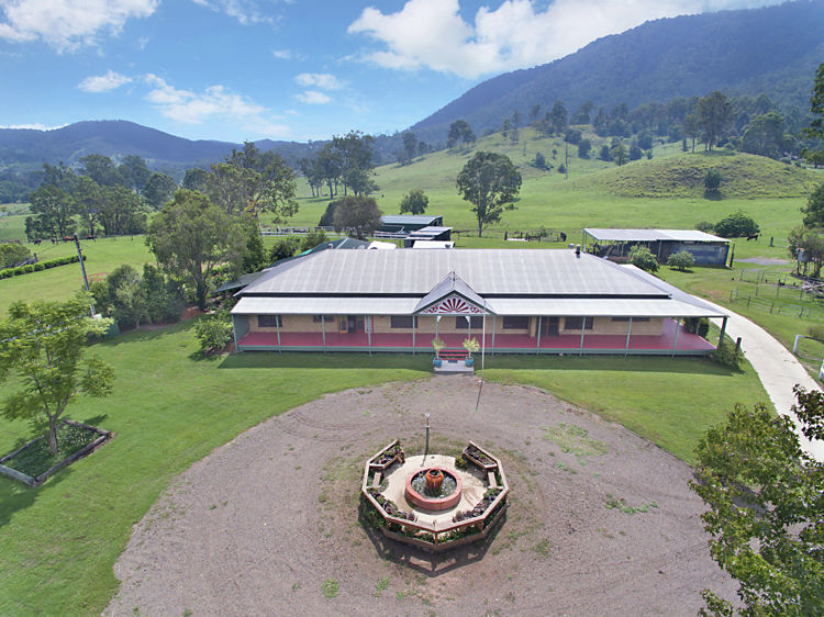 Property in Cambroon - $890,000