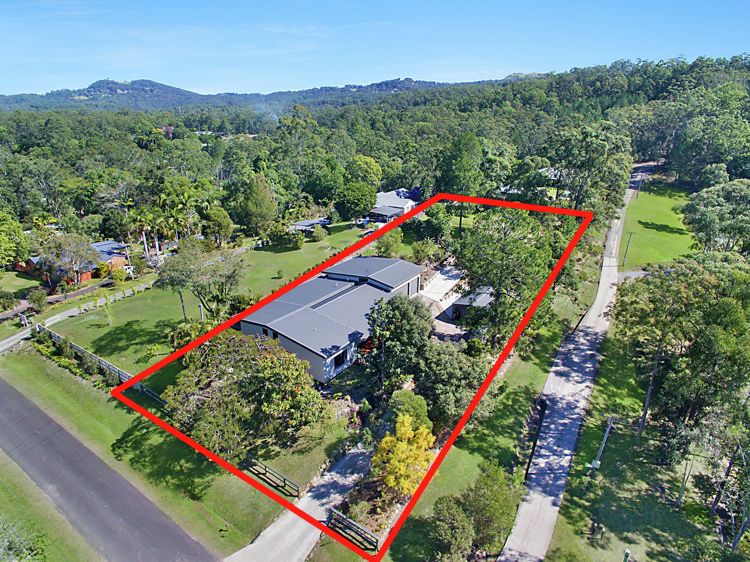 Property in Landsborough - OPEN TO OFFERS