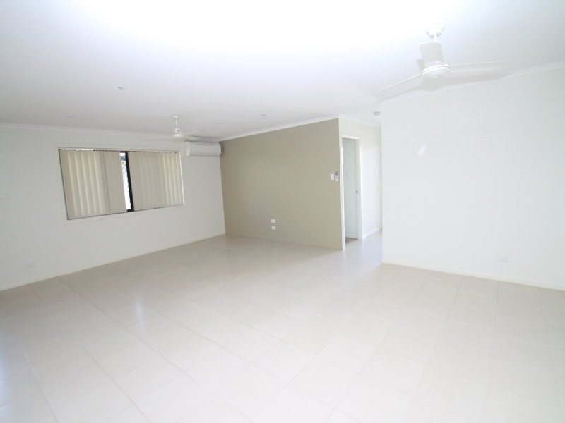 West Gladstone real estate For Rent