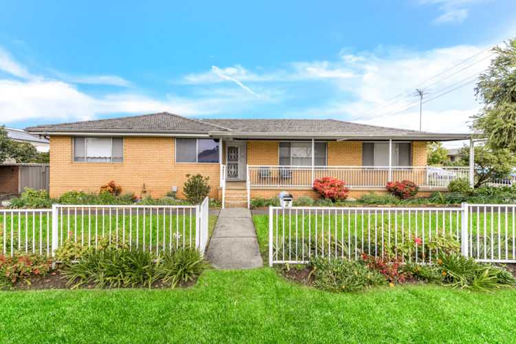 OPEN HOME SATURDAY 15/8 AT 10:30AM - 11:00AM