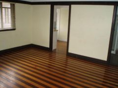 Property in Kangaroo Point - $260 per week