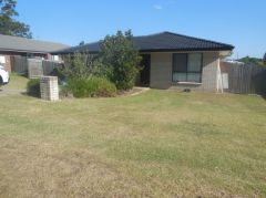 Property in Helidon - Leased