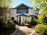 Property in Mount Lofty - $600 per week