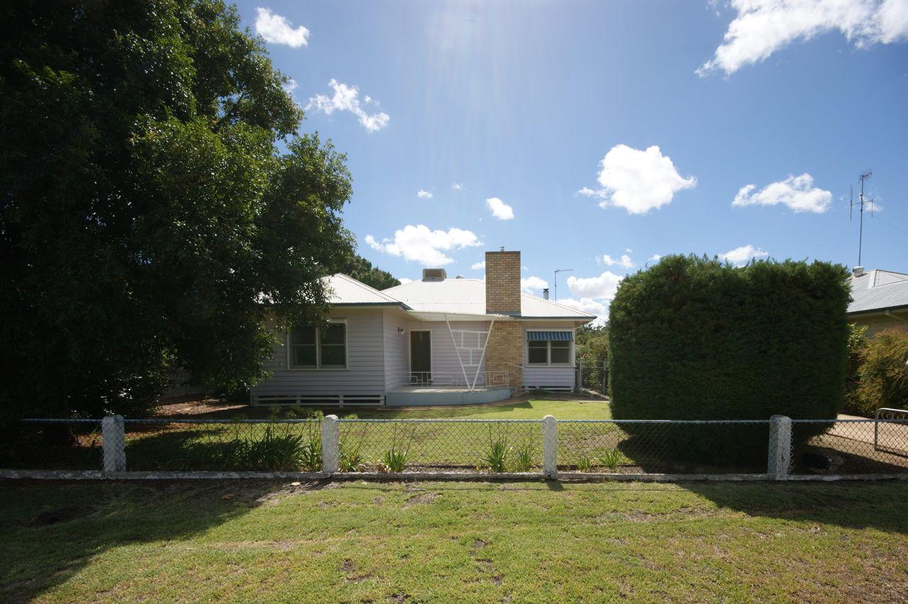 Property For Sale in Deniliquin