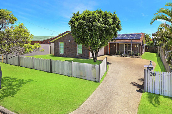 Property in Aroona - offers over $499,000