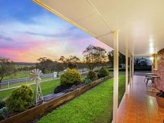 4,000M2 BLOCK + FULLY RENOVATED + HUGE SHED - BE QUICK! THIS IS A WINNER!!