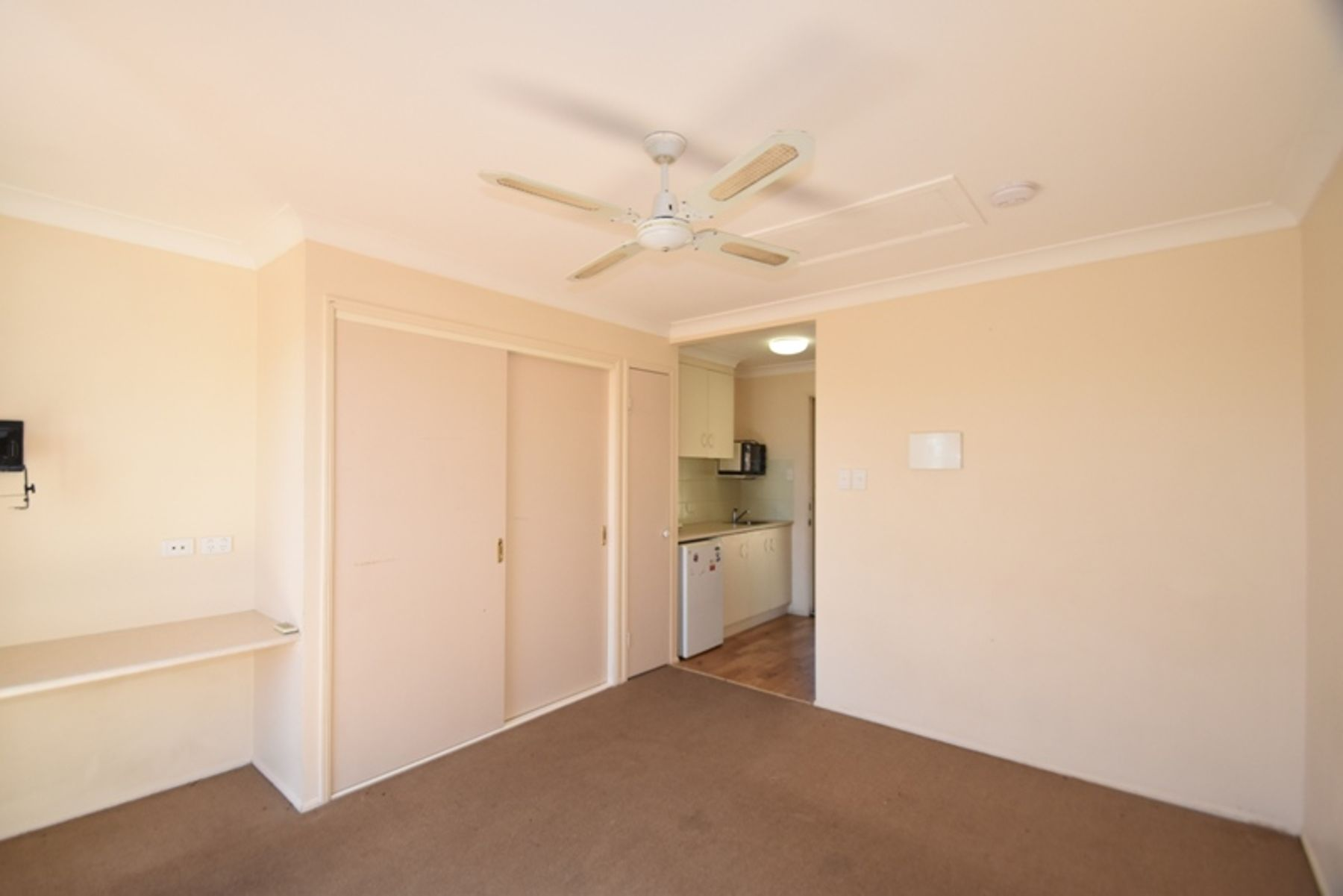 Property in Newtown - $160 Weekly