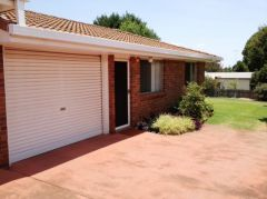Property in East Toowoomba - $220 Weekly