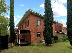 Property in East Toowoomba - $250 Weekly