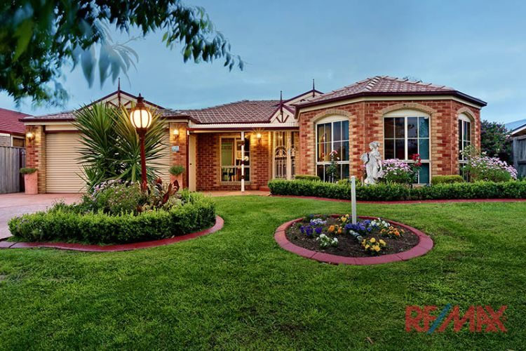 Property For Sale in Narre Warren South