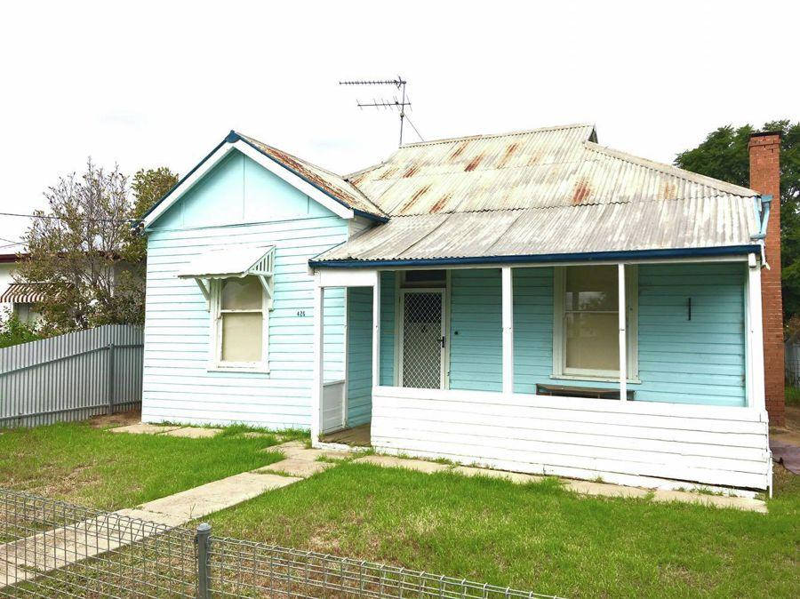 Property in Hay - $140 per week