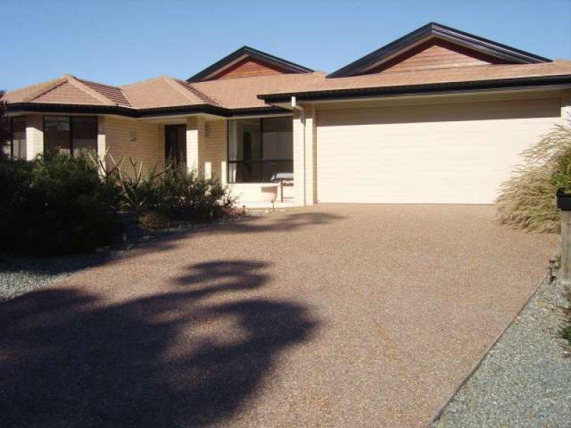 270 Tallwoods Drive, Tallwoods Village, NSW 2430