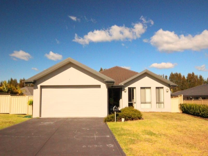 24 Bellevue Place, Black Head, NSW 2430