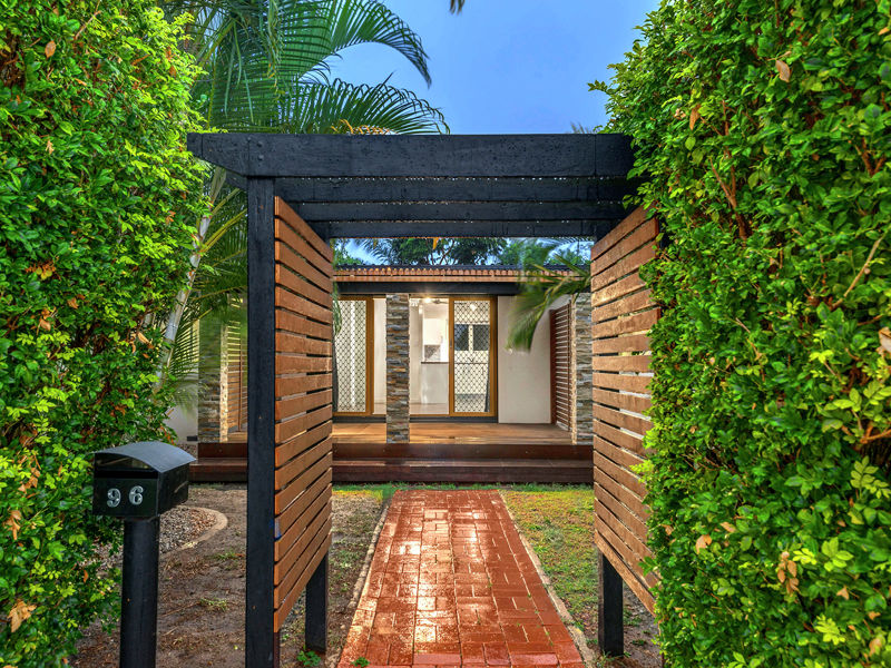 Property in Banksia Beach - $349,000