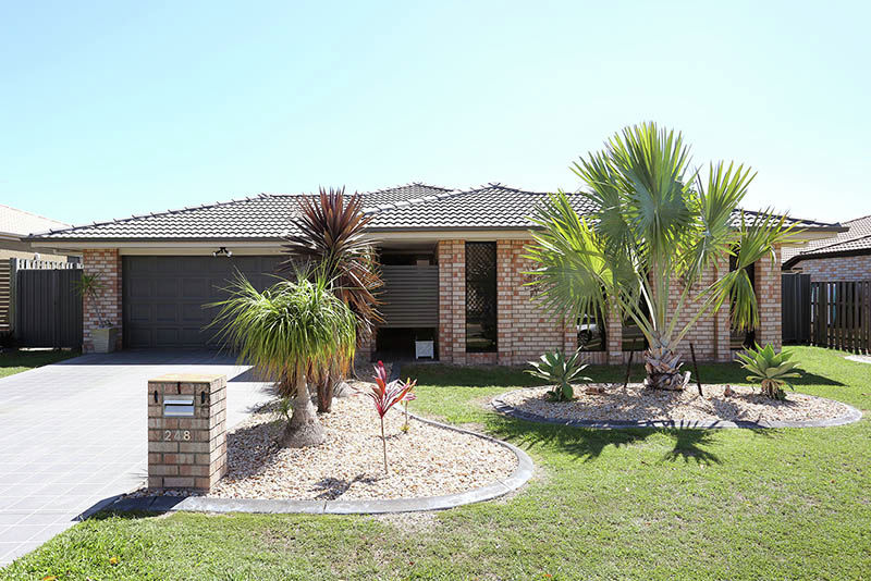 Property in Sandstone Point - Sold for $420,000