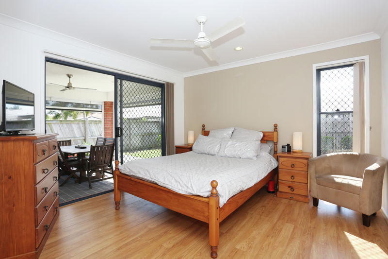 Property in Sandstone Point - $495,000