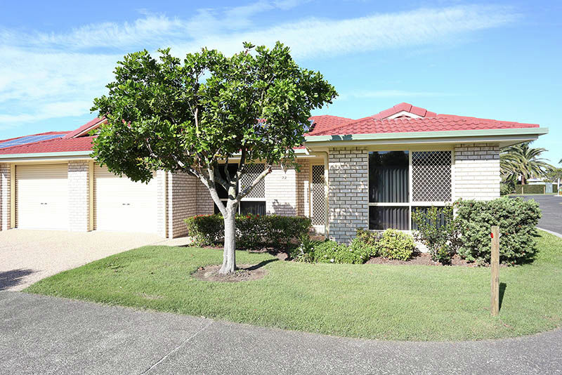 Property in Sandstone Point - $329,000