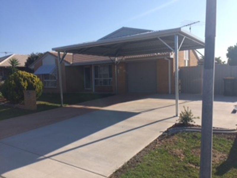 Property in Sandstone Point - $380 Per Week