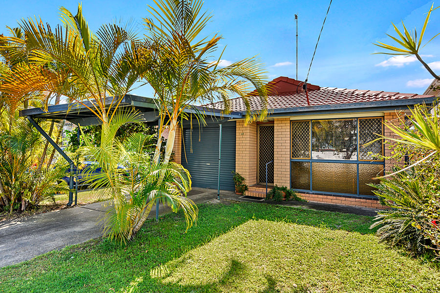 141 Nobby Parade, Miami, QLD 4220