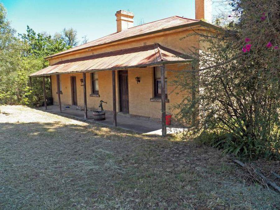 Property For Sale in Wingen