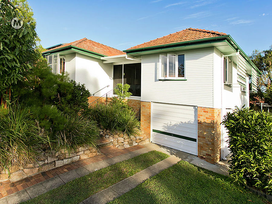 Property in Chermside West - TENDERS DUE Monday June 13, Noon