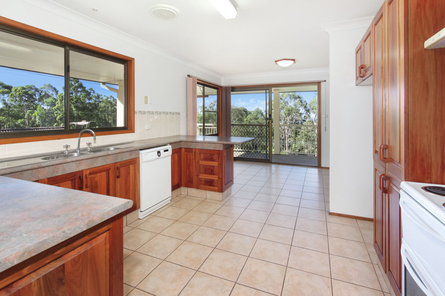 Lapstone real estate Sold
