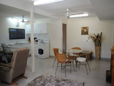 HOLIDAY RENTAL - BEAUTIFULLY FURNISHED