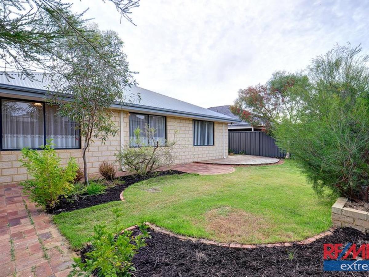 Real Estate in Banksia Grove