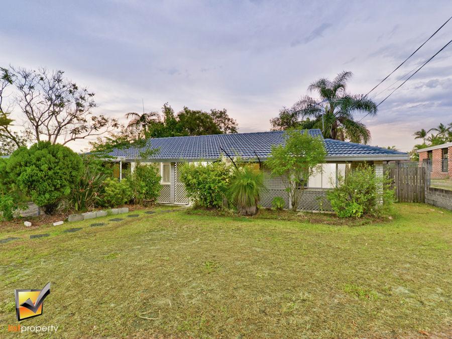 8 Dryade, Regents Park, QLD 4118