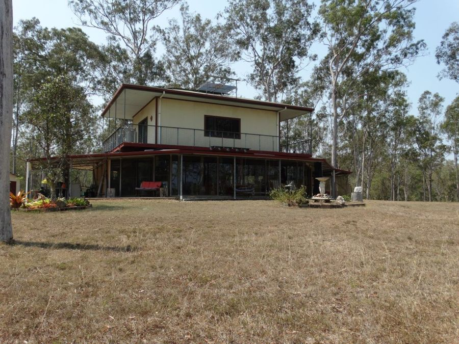 Real Estate in Lowmead