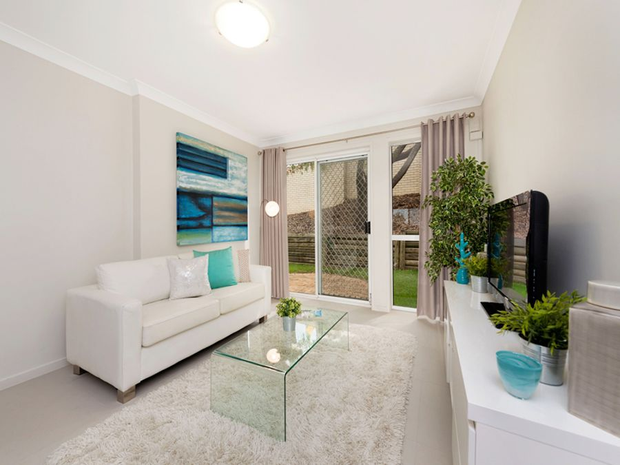 Property For Sale in Highgate Hill