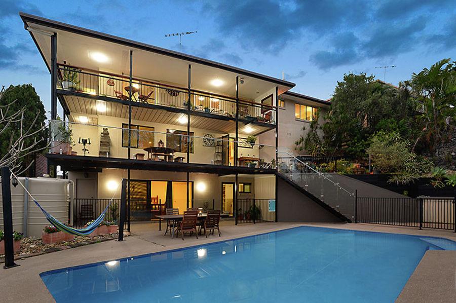 Property For Sale in Upper Mount Gravatt