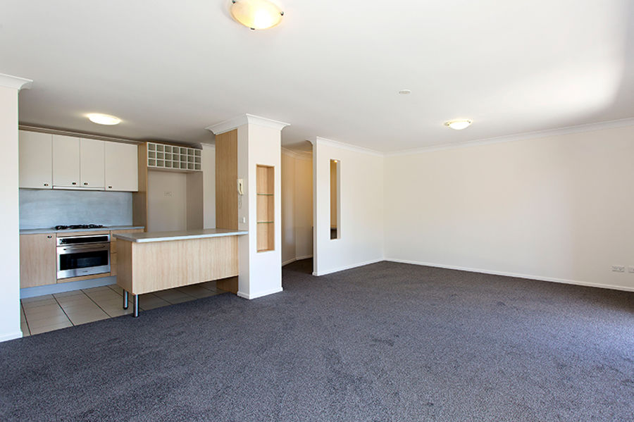 Property in Coorparoo - $420 pwk