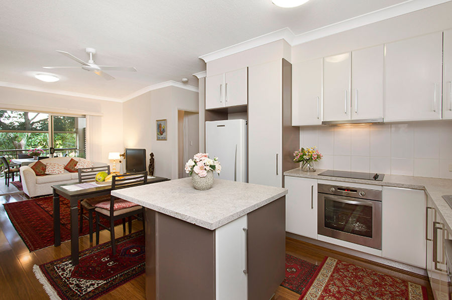 Property in Coorparoo - Low $400,000s Buyers