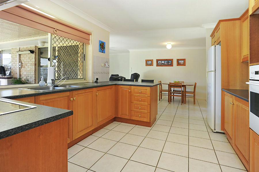 Property in Bracken Ridge - Owners Say Sell  !