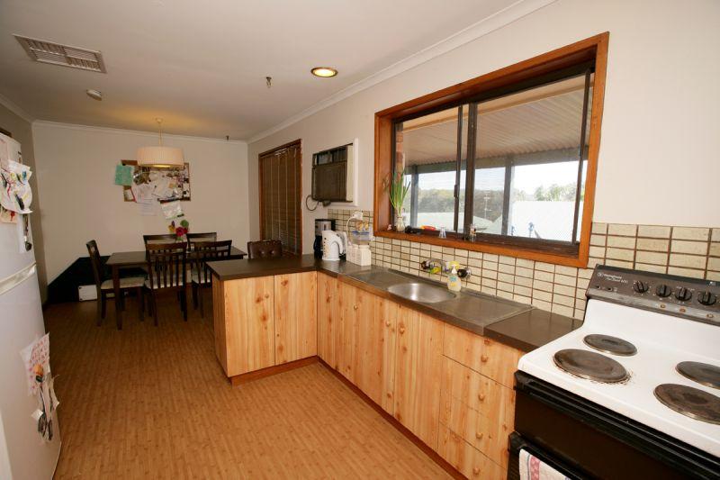 Wagga Wagga real estate Leased