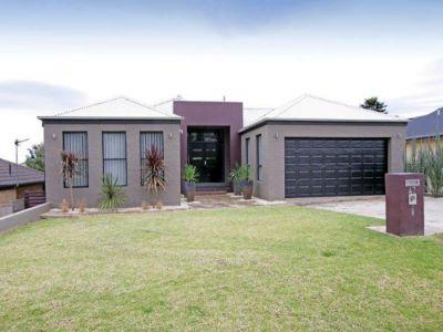 Property in Wagga Wagga - Leased