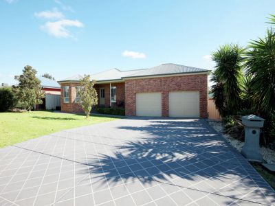 Property in Estella - Sold
