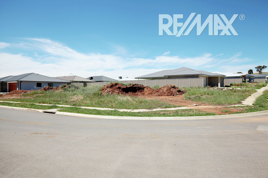 Property in Boorooma - $199,000