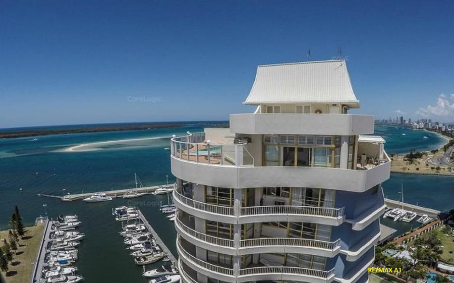 Runaway Bay real estate For Sale