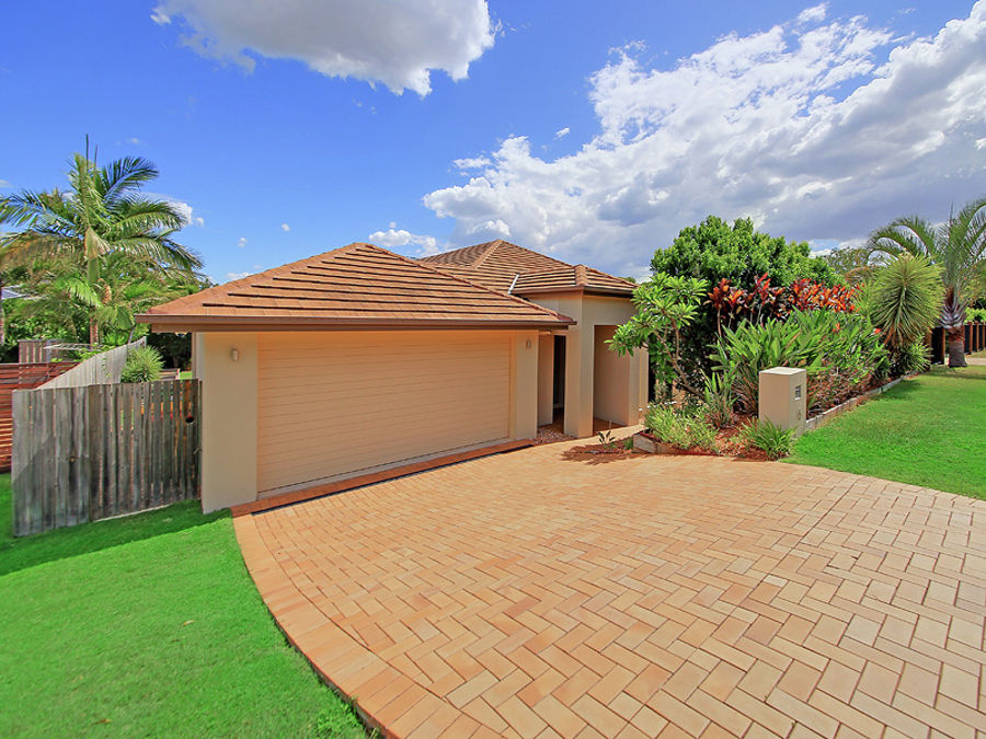 Property in Wakerley - Sold for $800,000