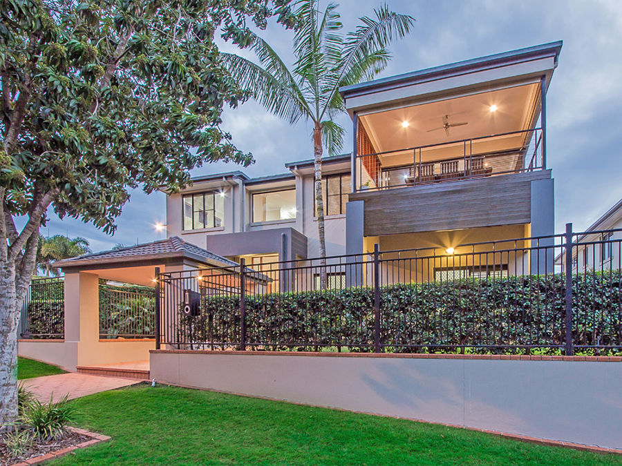 Property in Wakerley - Sold for $950,000